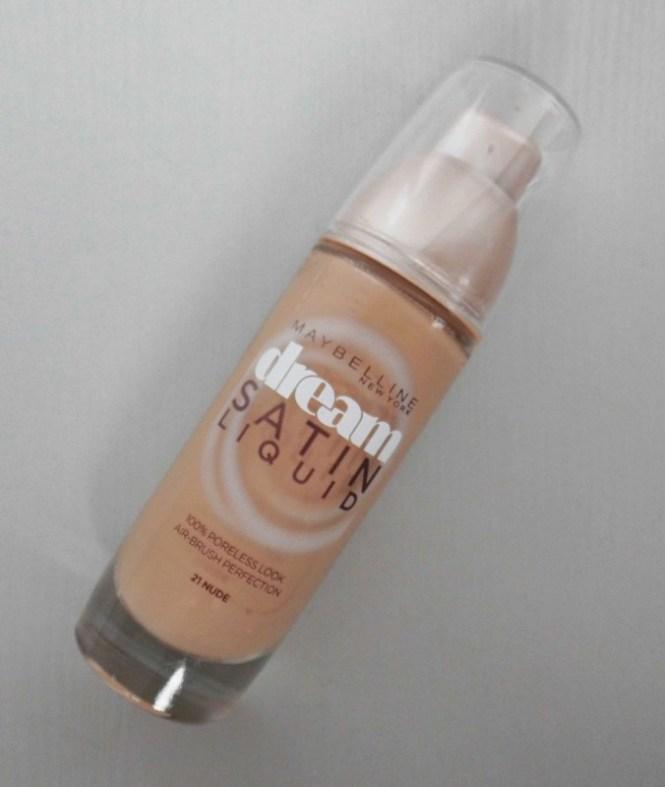 Review-Maybelline-Dream-Satin-Liquid-foundation-2