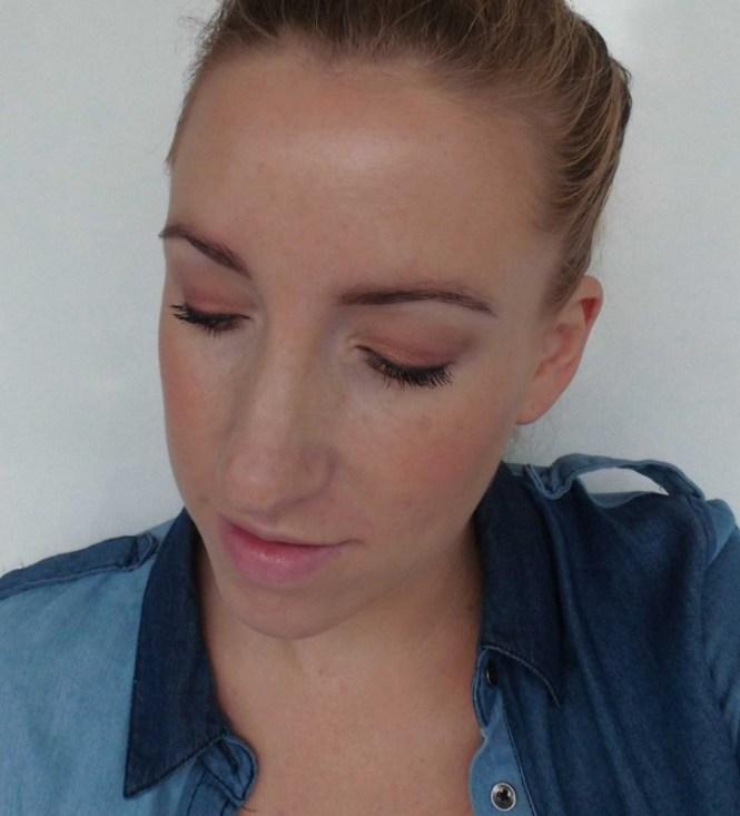 Review-Zoeva-Cocoa-Blend-oogschaduw-palette-swatch-look-15