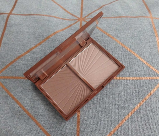 Review-W7-Hollywood-Bronze-Glow-palette-dupe-Charlotte-Tilbury-Filmstar-bronze-glow-3