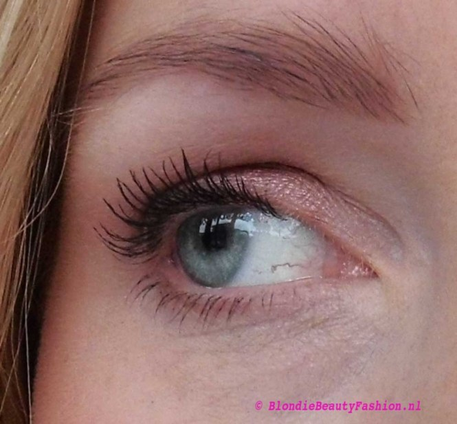 Review-Stila-Eyes-Are-The-Windows-Soul-palette-blondiebeautyfashion-test-look-10