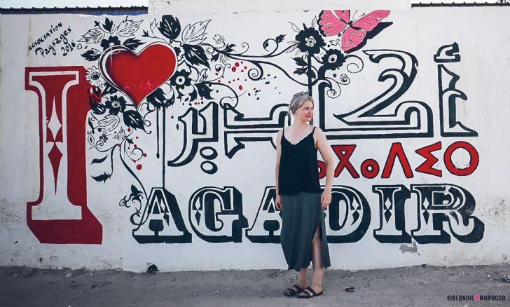 morocco agadir grafiti girl wall