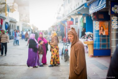 essaouira morocco street people