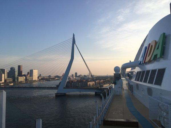 Fantastischer Ausblick oben auf dem Jogging-Parcours auf Deck 15 beim Halt in Rotterdam
