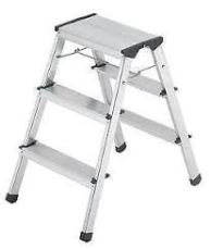 box aluminum ladder