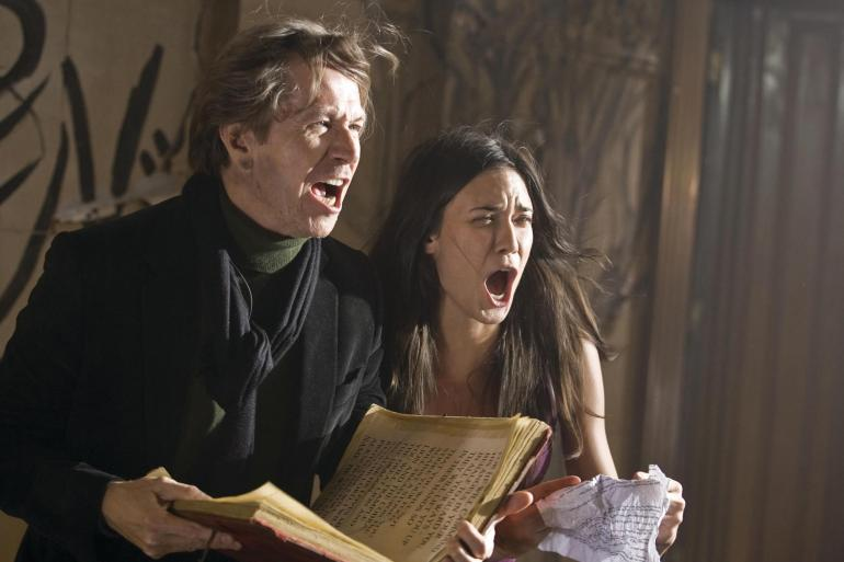 still-of-gary-oldman-and-odette-annable-in-the-unborn-(2009)-large-picture