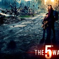 The 5th Wave: Teen Crushes, M4 Carbines, and Body Snatching Aliens?