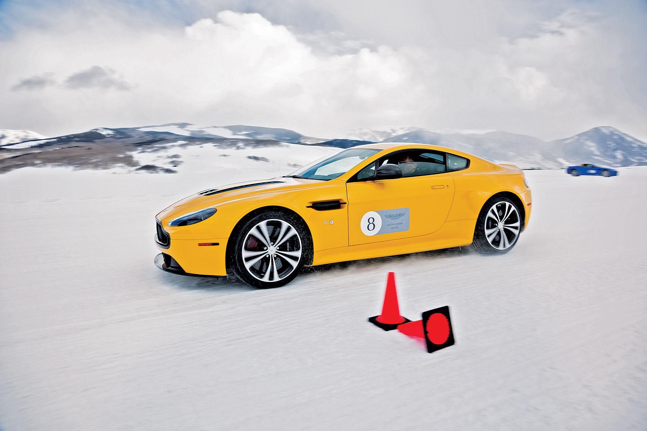 $284,995 Aston Martin Vanquish coupe