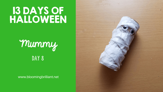 Crafts for Kids- Halloween Mummy Craft! Looking for a fun Halloween Craft for your kids? This Halloween Mummy Craft is so adorable and fun! #CraftsforKids