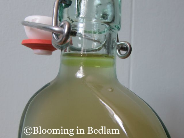 This Soothing Facial Toner helps reduce dark spots, wrinkles and fine lines using essential oils and apple cider vinegar