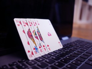 play cards online