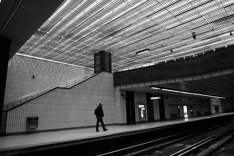 Yawn. Metro Sherbrooke.