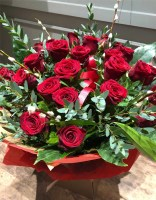 24 red roses valentines day bouquet 1