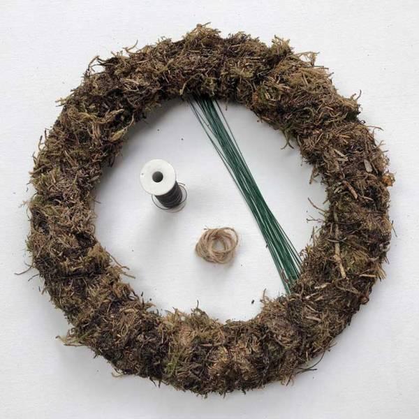 basic diy christmas wreath kit 1