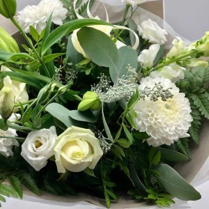 boxed flower bouquet white green 1