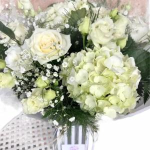 white bouquet web pic 2