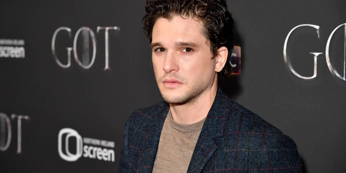 "Kit Harrington conseille aux haters de GOT ""d'aller se faire foutre"""
