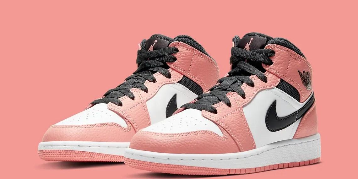 """La Air Jordan 1 Mid """" Pink Quartz """" arrive bientôt pour les filles"""
