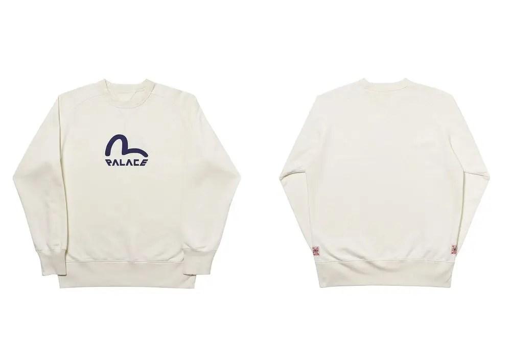 Palace a maintenant officiellement dévoilé sa prochaine collection avec le label japonais EVISU. Voici ou vous pouvez acheter la collab !