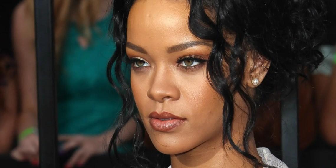 Rihanna déclare avoir « perdu son album » à une fan