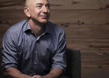 """Jeff Bezos répond à la colère d'un clients dont le mail était """"all lives matter"""""""