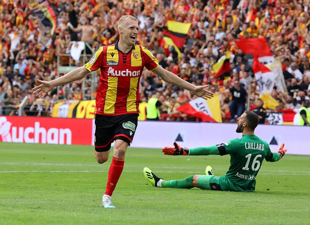 Ligue 1 : Regarder Lens vs PSG en streaming live