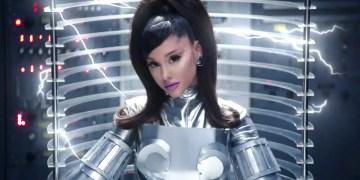 """Ariana Grande fait son grand retour avec le clip de """"34+35"""""""