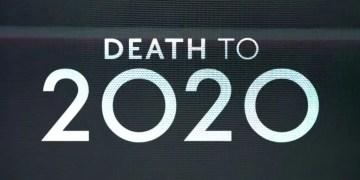 """"""" Death To 2020 """" : Découvrez la La bande-annonce du créateur de """"Black Mirror"""" !"""