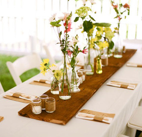 Pretty Table Decorating Ideas for Anniversary Party