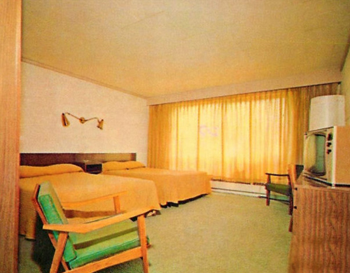 1960s Bedroom Decor Ideas