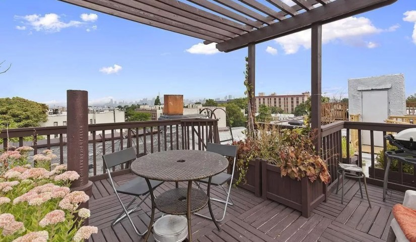 Terrace With Charming Roof Deck