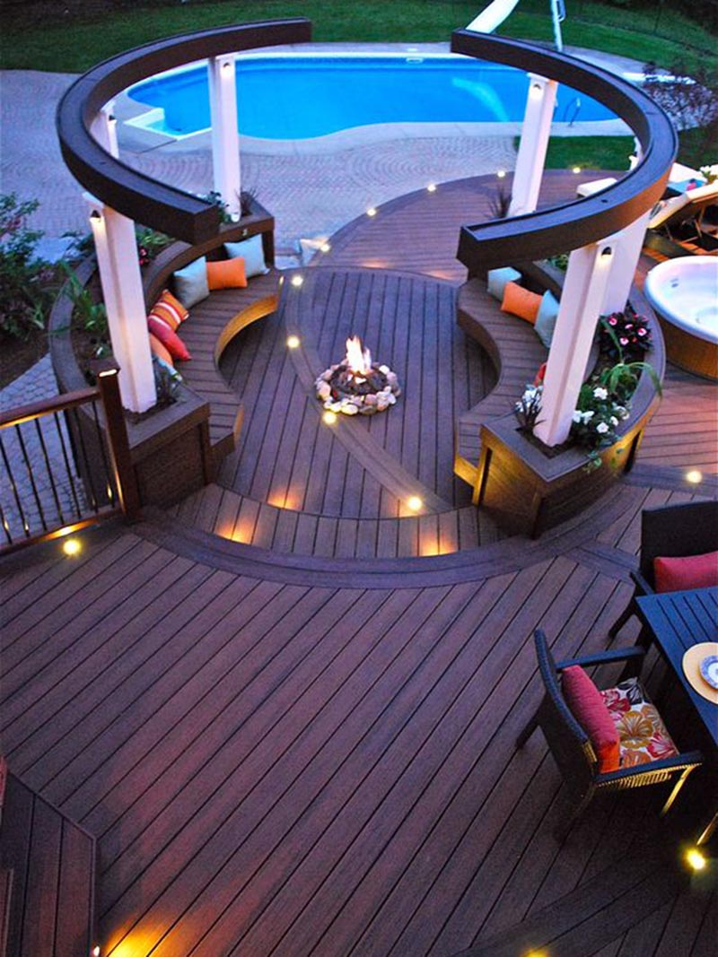 Awesome Poolside Luxurious Fire Pit