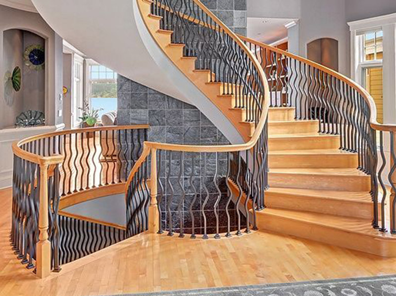 Decorative Stair In Hall Design