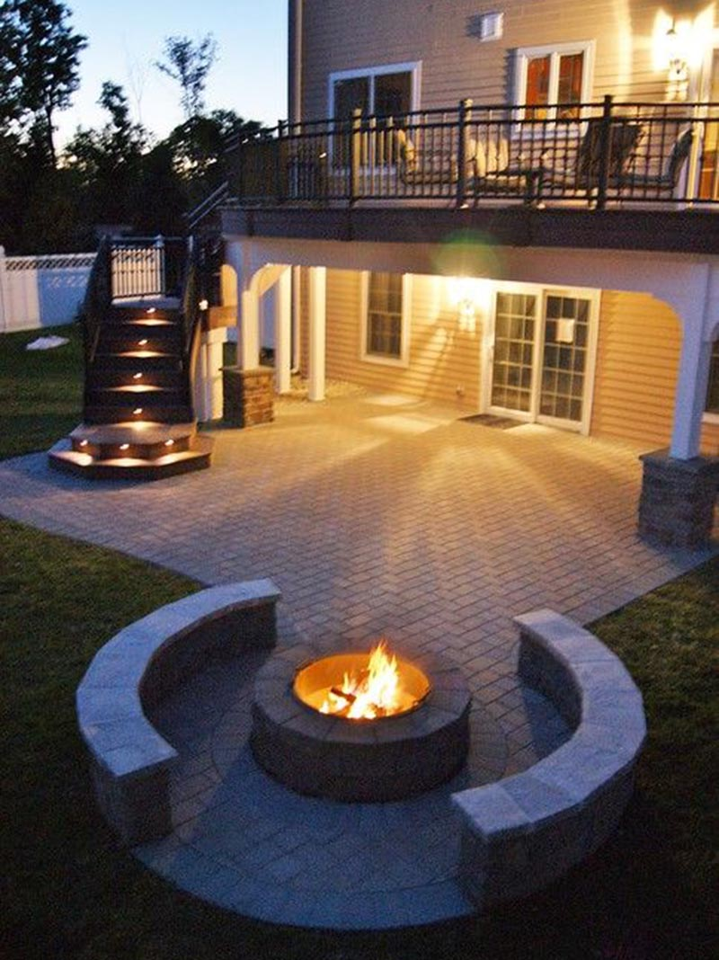 Outdoor Luxurious Fire Pit