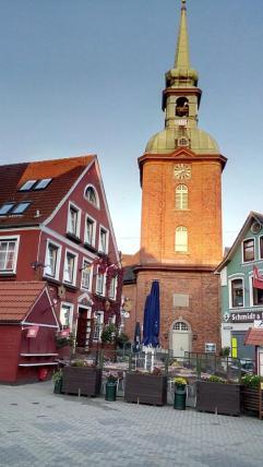 Die alte Kirche am Marktplatz