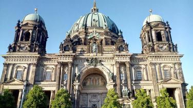 Altes Museum gegenüber vom Lustgarten auf der Museumsinsel