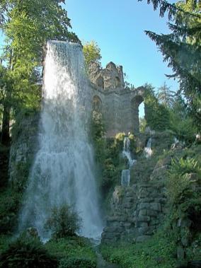 Wasserfall am Aquädukt