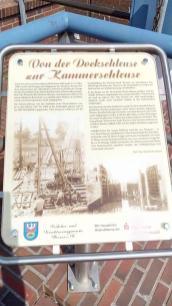 Infotafel am alten Hafen