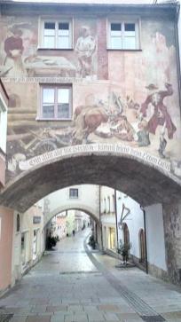 Fußgängerzone in der Altstadt von Burghausen