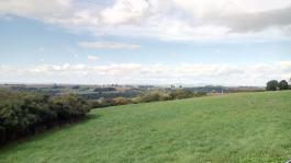 Blick über die Höhenlage von der Südseite der Mosel zur Nordseite