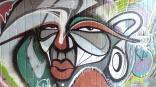 Graffiti in der Fußgängerunterführung an der alten Therme