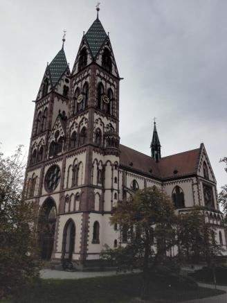 Die imposante Herz-Jesu-Kirche