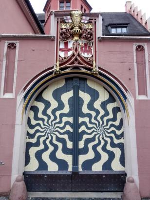 Portal am Augustinermuseum