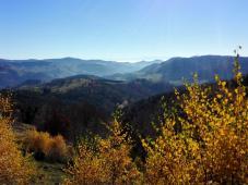 Fernblick beim Abstieg nach Schönau