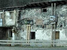 Reste der alten Sägemühle am Ausgang der Pöllath-Schlucht