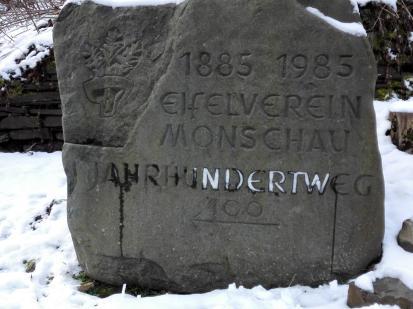 Gedenkstein zum Jahrhundertweg