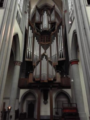 Mächtige Kirchenorgel im Dom