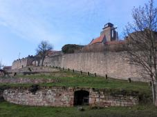 Aufgang zur Burg Breuneberg