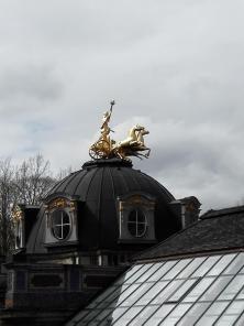 Goldener Reiter auf der Orangerie