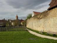Seßlach verfügt über eine komplett erhaltene Stadtmauer