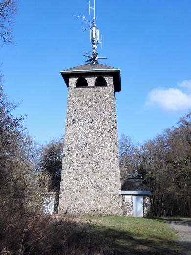 Der Aussichtsturm auf dem Stoppelberg